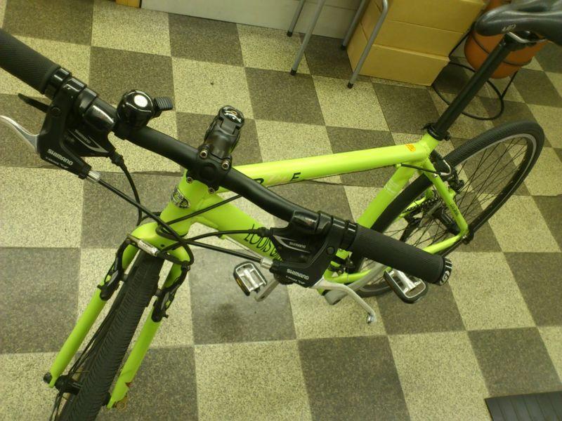 自転車の 自転車 アルミフレーム 修理 : ×32C 3×8段変速 アルミフレーム ...
