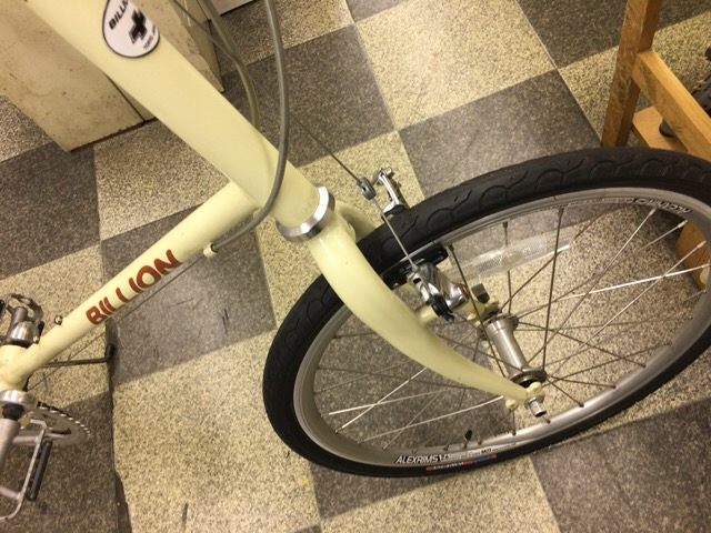【自転車】前輪ブレーキの左右ズレ、片 ...