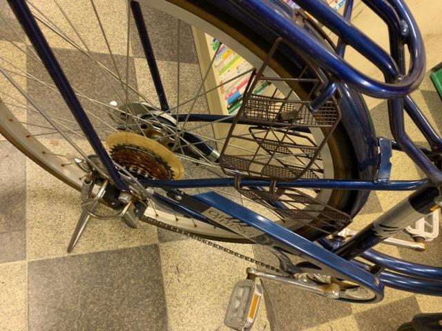 画像3: 〔中古自転車〕シティサイクル 26インチ 外装6段変速 LEDオートライト ローラーブレーキ BAA自転車安全基準適合 ダークブルー